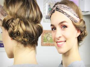 Frisur mit Tuch oder Haarband