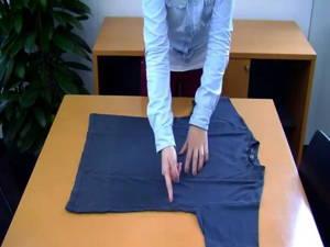 T-Shirt in Sekunden zusammenlegen